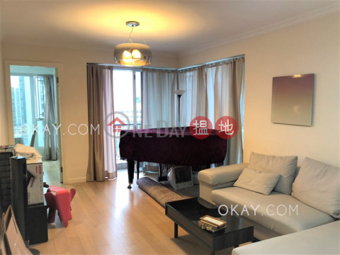 Rare 3 bedroom with balcony & parking   For Sale The Regalia Tower 5(The Regalia Tower 5)Sales Listings (OKAY-S72440)_0