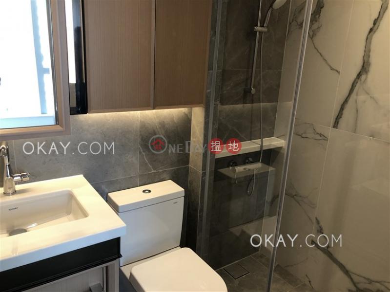 1房1廁,極高層,可養寵物,露台《RESIGLOW薄扶林出租單位》|RESIGLOW薄扶林(Resiglow Pokfulam)出租樓盤 (OKAY-R378700)