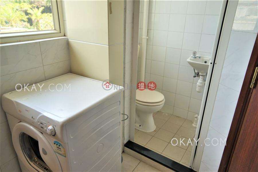 HK$ 56,000/ month | The Mount Austin Block 1-5, Central District, Elegant 3 bedroom with parking | Rental