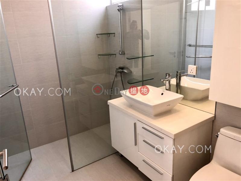 HK$ 88,000/ month | Phase 1 Beach Village, 39 Seahorse Lane | Lantau Island, Stylish house with sea views & terrace | Rental