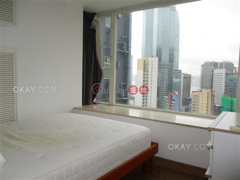 HK$ 30,000/ month, Centrestage | Central District, Generous 2 bedroom on high floor with balcony | Rental
