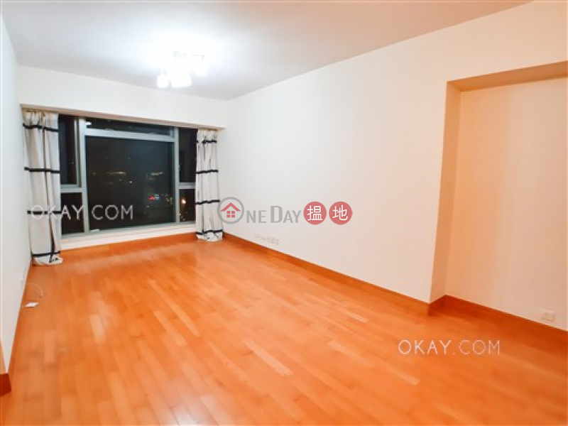 Property Search Hong Kong | OneDay | Residential, Sales Listings | Tasteful 2 bedroom in Kowloon Station | For Sale