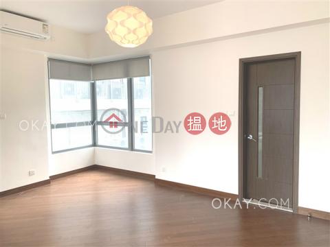 1房1廁,星級會所,露台《盈峰一號出售單位》 盈峰一號(One Pacific Heights)出售樓盤 (OKAY-S90772)_0