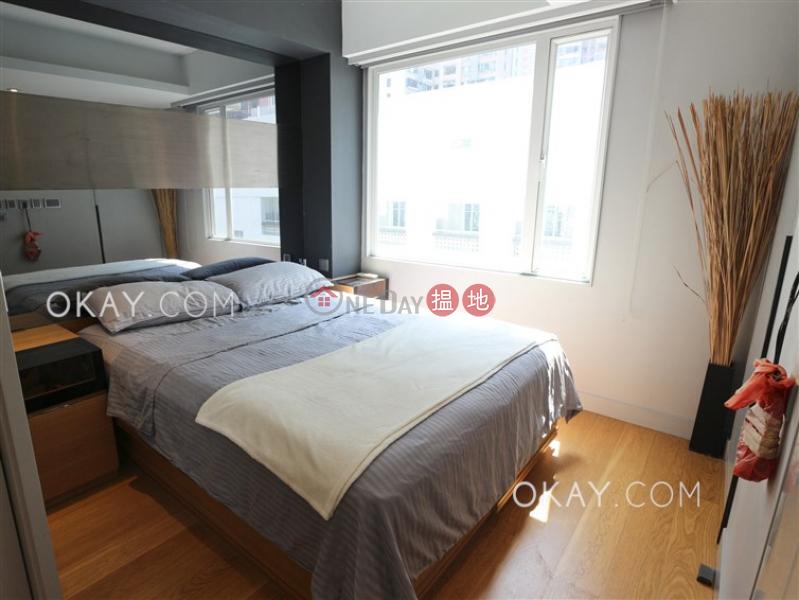 Tasteful 2 bedroom in Mid-levels West | For Sale | 43-45 Caine Road | Central District, Hong Kong Sales | HK$ 12.5M