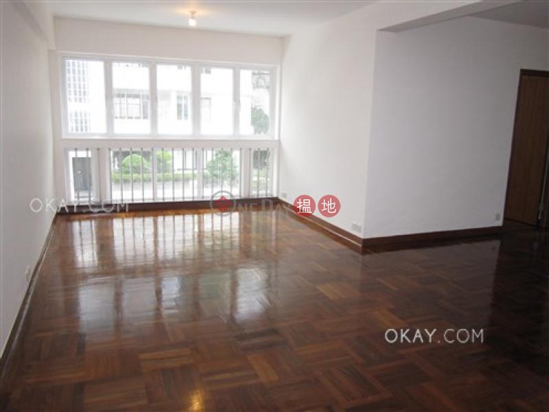 Luxurious 3 bedroom with parking   Rental   Amber Garden 安碧苑 Rental Listings