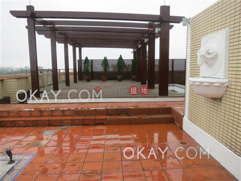 Efficient 3 bedroom with rooftop & parking | Rental | Peak Gardens 山頂花園 Rental Listings