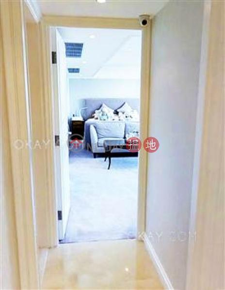 4房3廁,實用率高,海景,連車位《淺水灣道56號出售單位》 淺水灣道56號(56 Repulse Bay Road)出售樓盤 (OKAY-S15686)