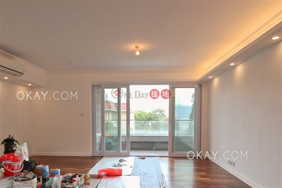 HK$ 88,000/ month | Pine Villa | Southern District Beautiful 3 bedroom with balcony & parking | Rental