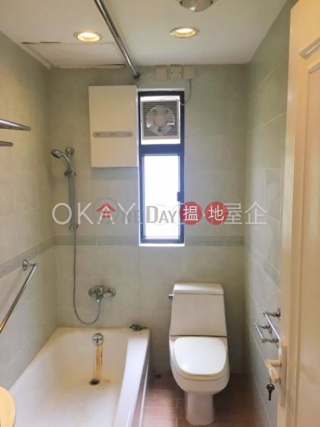 3房2廁,實用率高,極高層,連車位甘苑出租單位32堅尼地道   中區 香港出租HK$ 72,000/ 月