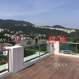 Stylish house with sea views, rooftop & terrace   Rental