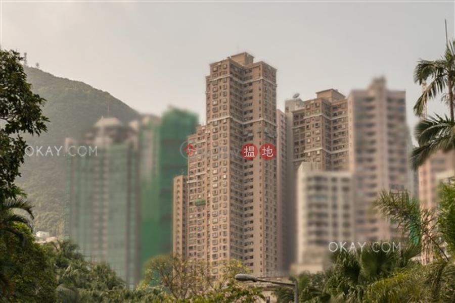 HK$ 2,200萬-樂信臺西區-2房2廁,實用率高,極高層,星級會所《樂信臺出售單位》