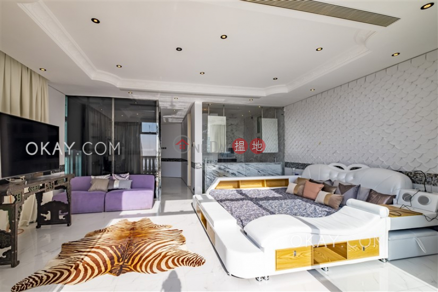 HK$ 350,000/ month | Cheuk Nang Lookout | Central District | Rare house with terrace, balcony | Rental