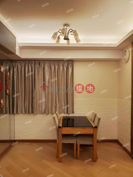 Property Search Hong Kong | OneDay | Residential Sales Listings | Emerald Green Block 5 | 3 bedroom Flat for Sale