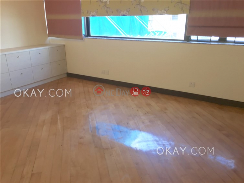 HK$ 43,000/ 月梅苑-灣仔區3房2廁,連車位《梅苑出租單位》