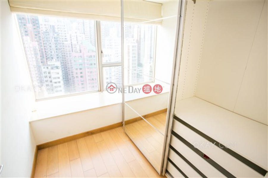 Rare 2 bedroom on high floor with balcony | For Sale | Greenery Crest, Block 2 碧濤軒 2座 Sales Listings