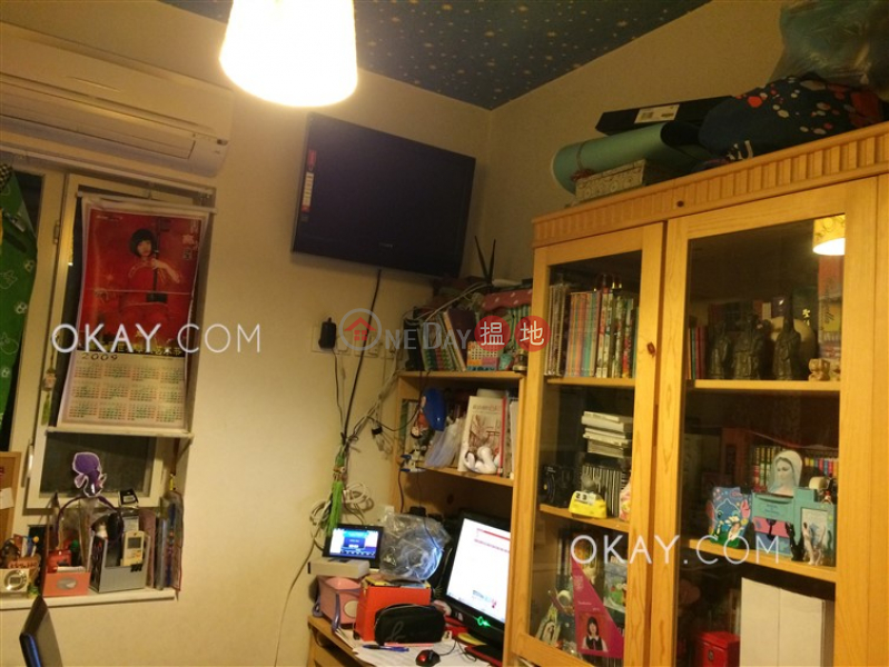 Charming 3 bedroom on high floor | For Sale | Great George Building 華登大廈 Sales Listings