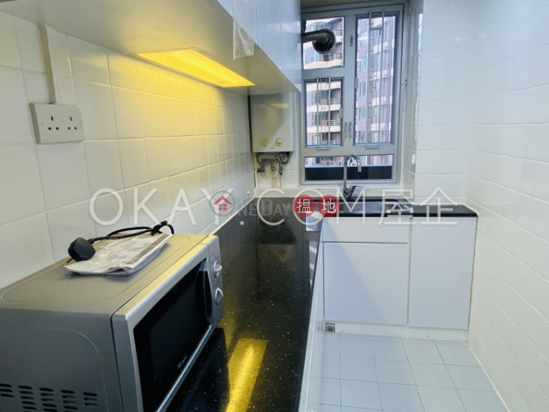 HK$ 38,000/ month, Garfield Mansion, Western District | Charming 3 bedroom with balcony & parking | Rental