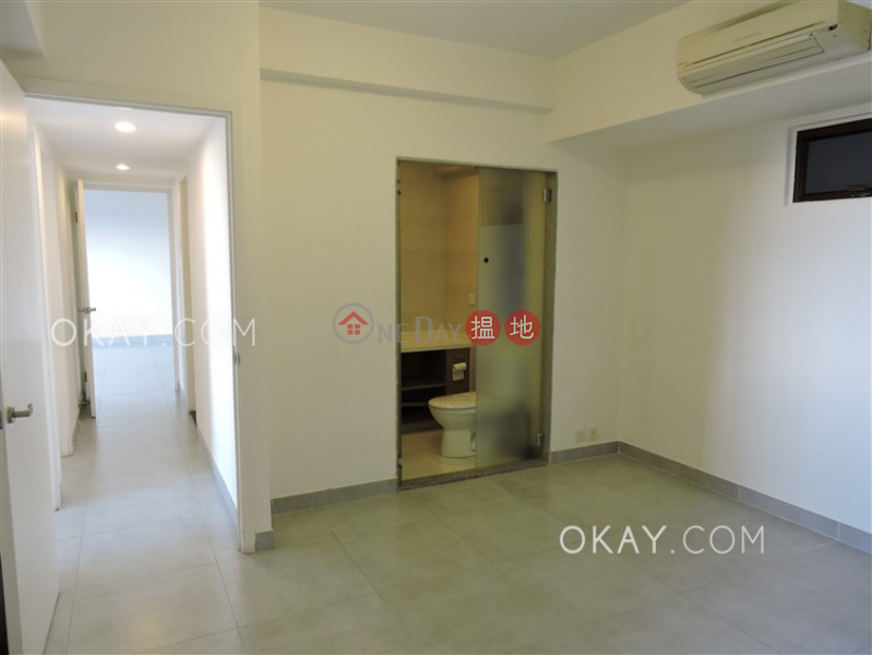 Efficient 3 bedroom with balcony & parking | Rental | Realty Gardens 聯邦花園 Rental Listings