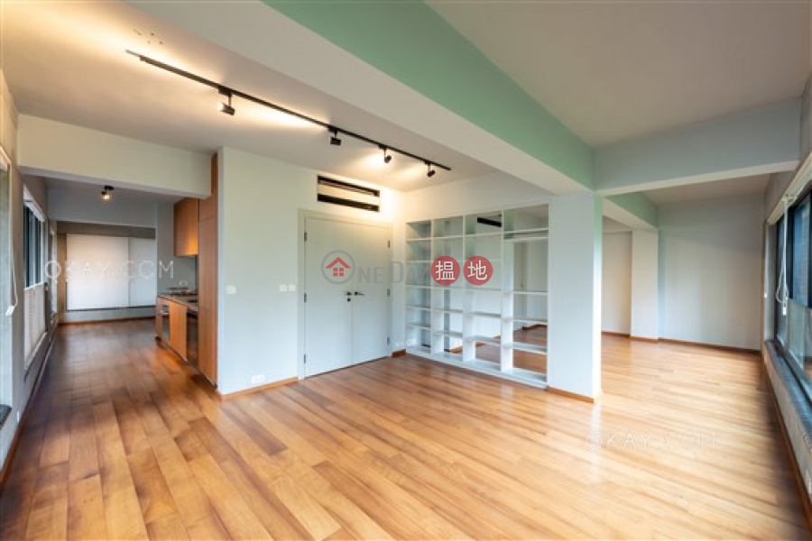 HK$ 28M, Kwai Hoi Lau | Central District, Gorgeous 2 bedroom in Sheung Wan | For Sale