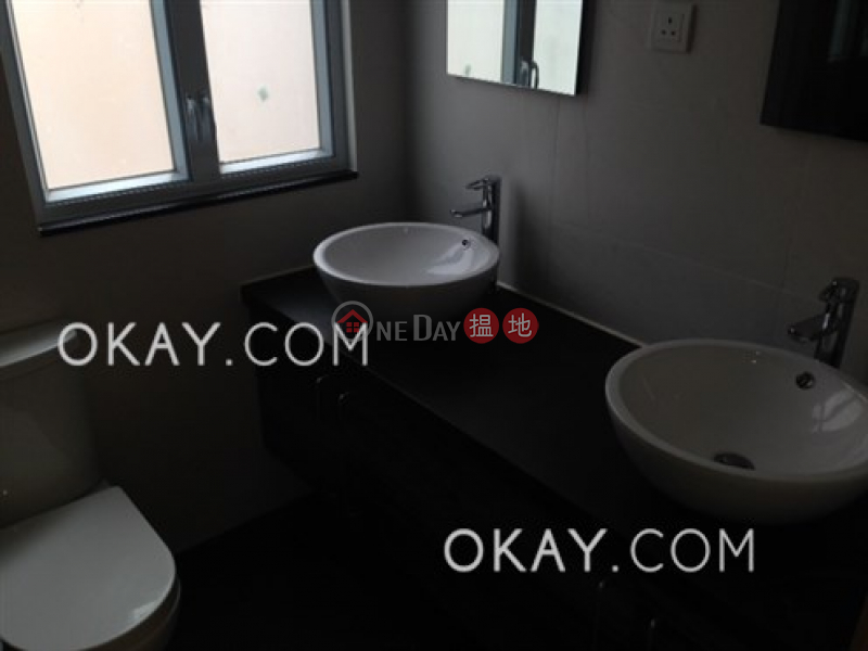 HK$ 45,000/ month, Sunny Building, Central District, Popular 2 bedroom on high floor with terrace | Rental