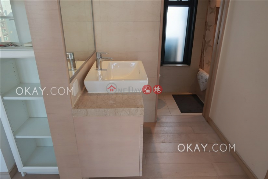 Altro, Middle | Residential, Rental Listings, HK$ 32,000/ month