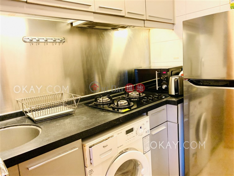Practical 2 bedroom in Sheung Wan   For Sale, 253-265 Queens Road Central   Western District Hong Kong Sales, HK$ 10M