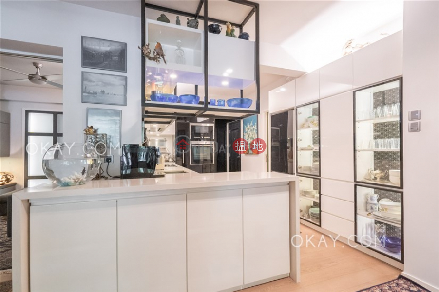 Efficient 2 bedroom with balcony | For Sale 10 Sam Chuk Street | Wong Tai Sin District Hong Kong Sales HK$ 21.5M