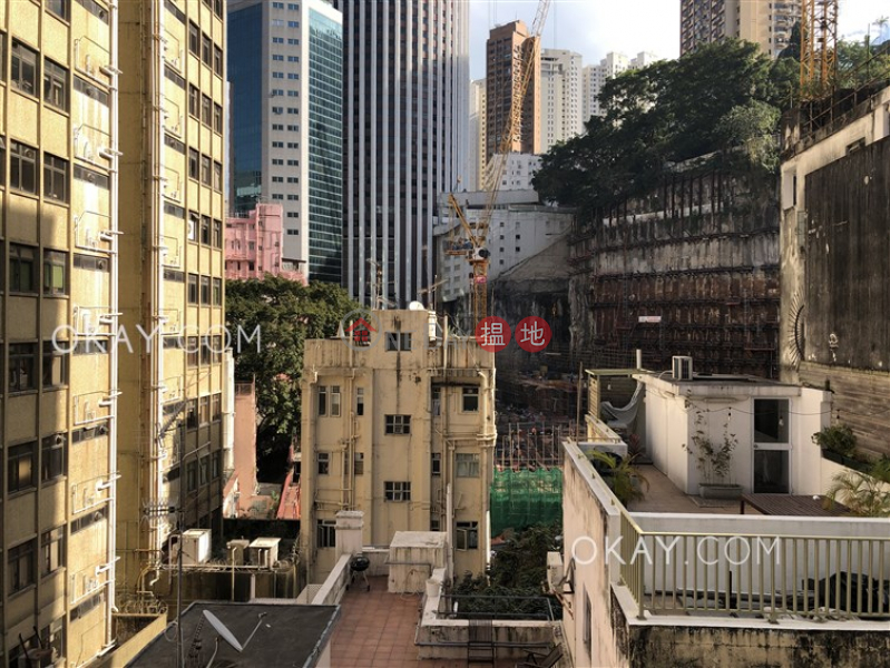 HK$ 25,000/ month   The Hillside, Wan Chai District   Intimate 1 bedroom with balcony   Rental
