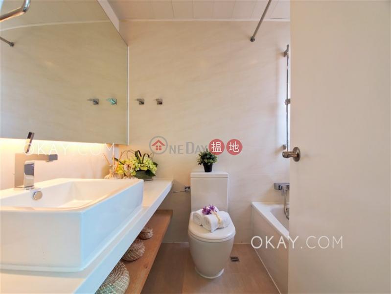 HK$ 78,000/ month, Hong Kong Gold Coast Tuen Mun, Rare penthouse with sea views, rooftop & balcony   Rental
