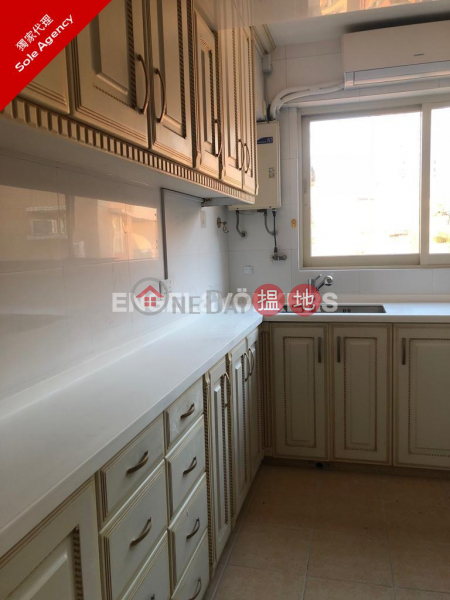 Property Search Hong Kong | OneDay | Residential | Sales Listings 3 Bedroom Family Flat for Sale in Pok Fu Lam