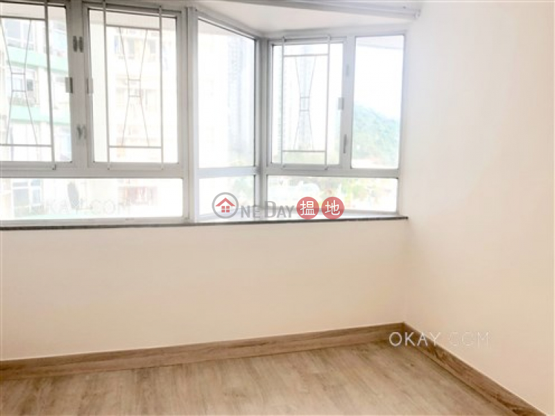 HK$ 32,000/ month Marina Square West, Southern District, Elegant 3 bedroom with sea views | Rental