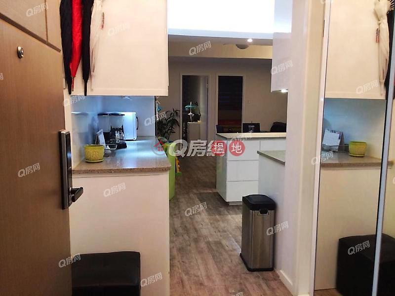 Sincere Western House | 2 bedroom High Floor Flat for Sale 34-42 Davis Street | Western District | Hong Kong Sales | HK$ 9.98M