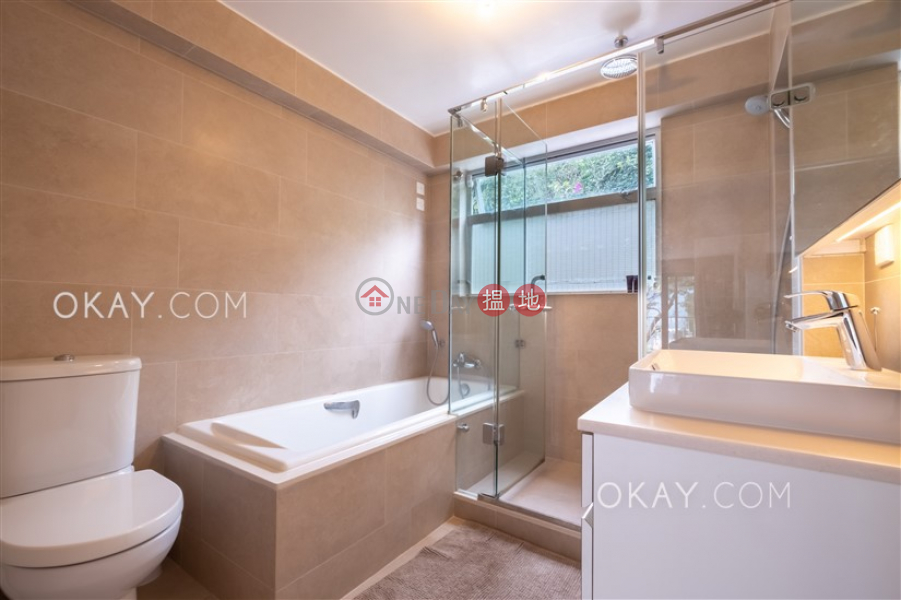 HK$ 60,000/ month | Caribbean Villa | Sai Kung, Nicely kept house with rooftop, terrace & balcony | Rental