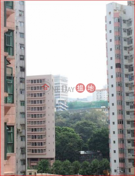 Flat for Rent in Shui On Court, Wan Chai | 1-3 Tai Yuen Street | Wan Chai District | Hong Kong | Rental | HK$ 15,500/ month