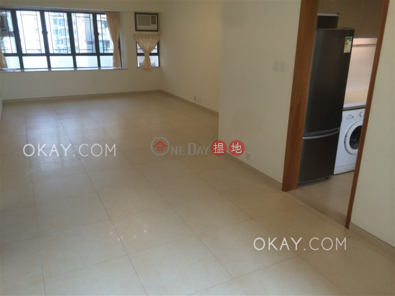 HK$ 53,000/ month | Robinson Heights Western District | Stylish 3 bedroom in Mid-levels West | Rental