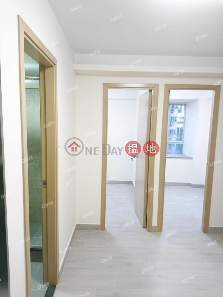 HK$ 18,000/ month Smithfield Terrace, Western District Smithfield Terrace | 2 bedroom High Floor Flat for Rent