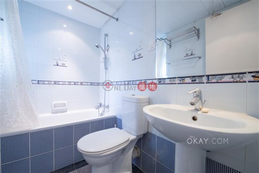 3房2廁,實用率高,極高層,連車位《金徽閣出租單位》45干德道 | 西區香港-出租HK$ 72,000/ 月