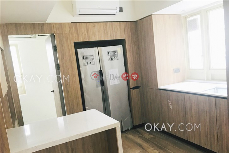 Exquisite 3 bedroom with balcony & parking | Rental 74-76 MacDonnell Road | Central District | Hong Kong, Rental, HK$ 98,000/ month