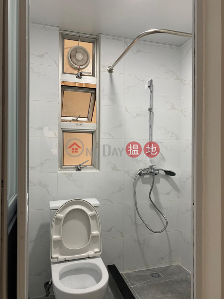 HK$ 9,000/ month   Lai Bo Building Tuen Mun   For Rent
