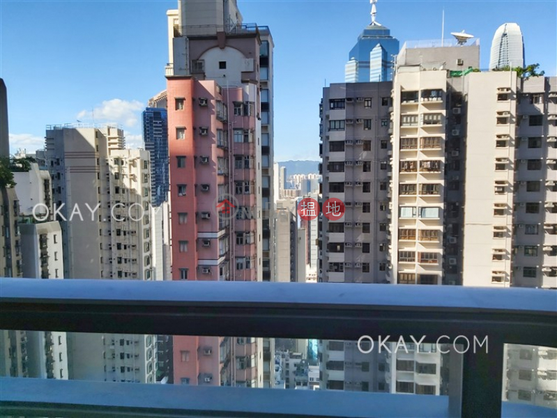 Nicely kept 2 bedroom with balcony | Rental | Castle One By V CASTLE ONE BY V Rental Listings