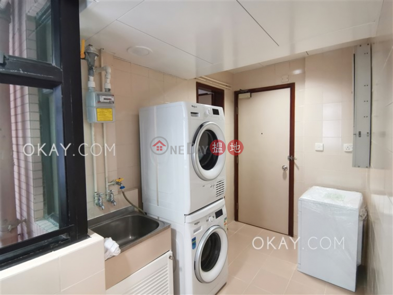HK$ 84,000/ month, Dynasty Court, Central District, Unique 3 bedroom with balcony & parking | Rental