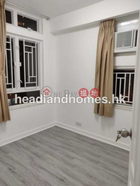 Property Search Hong Kong | OneDay | Residential Sales Listings | Discovery Bay, Phase 5 Greenvale Village, Greenery Court (Block 1) | 3 Bedroom Family Unit / Flat / Apartment for Sale