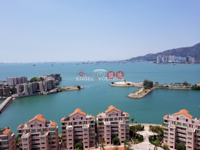 Property Search Hong Kong | OneDay | Residential Rental Listings | 3 Bedroom Family Flat for Rent in So Kwun Wat