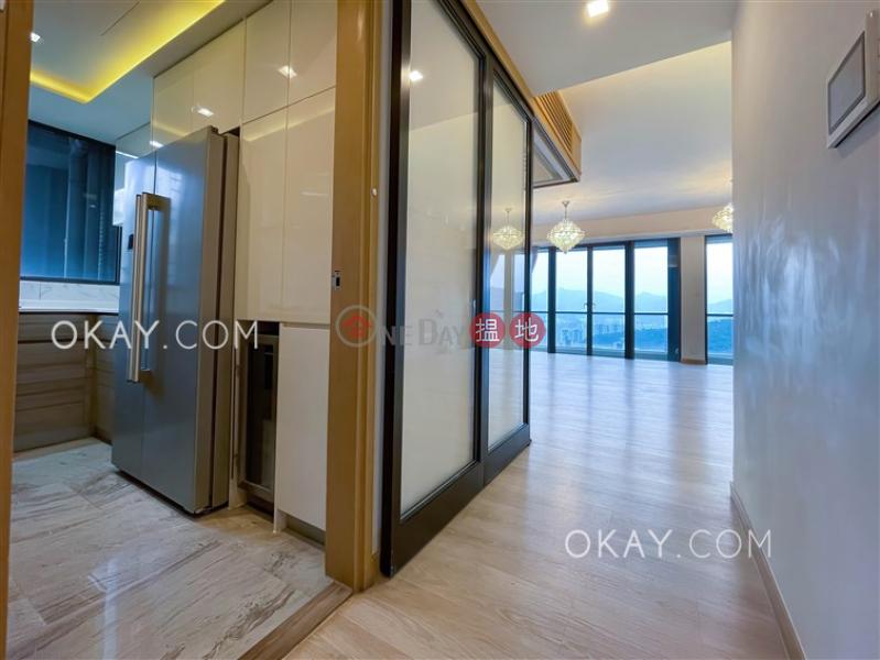 Elegant 3 bedroom on high floor with balcony | Rental | Dragons Range 玖瓏山 Rental Listings