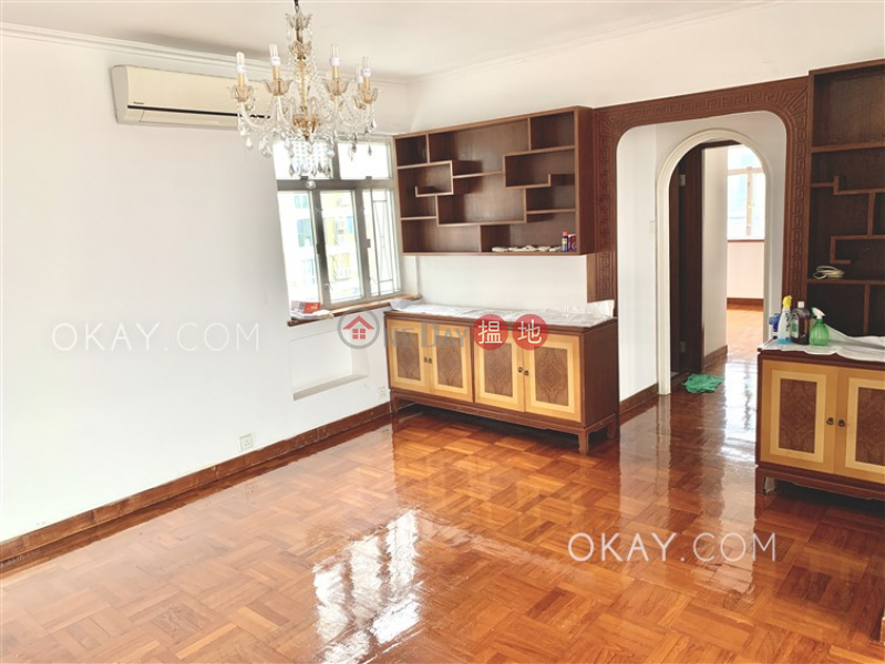 Nicely kept 3 bed on high floor with harbour views | Rental | Block A Coral Court 珊瑚閣A座 Rental Listings