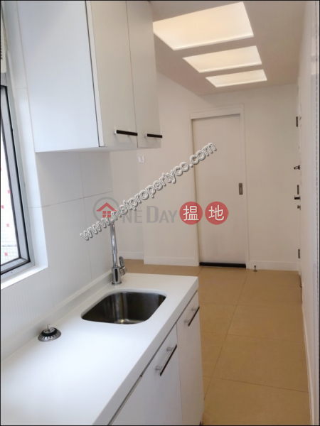 Modern design studio flat for lease in Tin Hau | Kuisum Court 金山閣 Rental Listings
