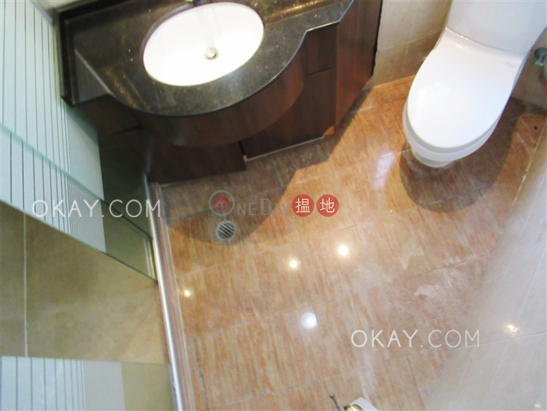 HK$ 58,000/ 月-維港灣2座-油尖旺-4房2廁,極高層,星級會所《維港灣2座出租單位》