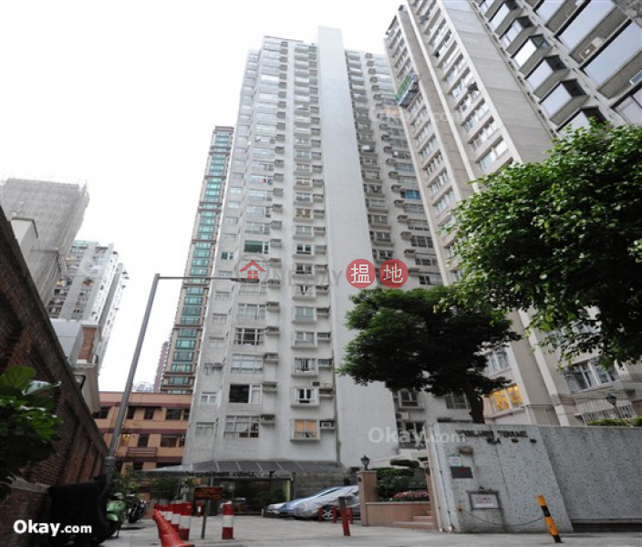 HK$ 22,500/ month, Woodlands Court Western District Cozy 1 bedroom in Mid-levels West | Rental