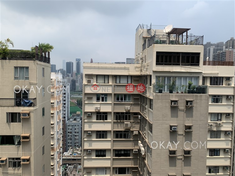 香港搵樓|租樓|二手盤|買樓| 搵地 | 住宅出租樓盤|2房1廁,極高層,露台《寶華閣出租單位》