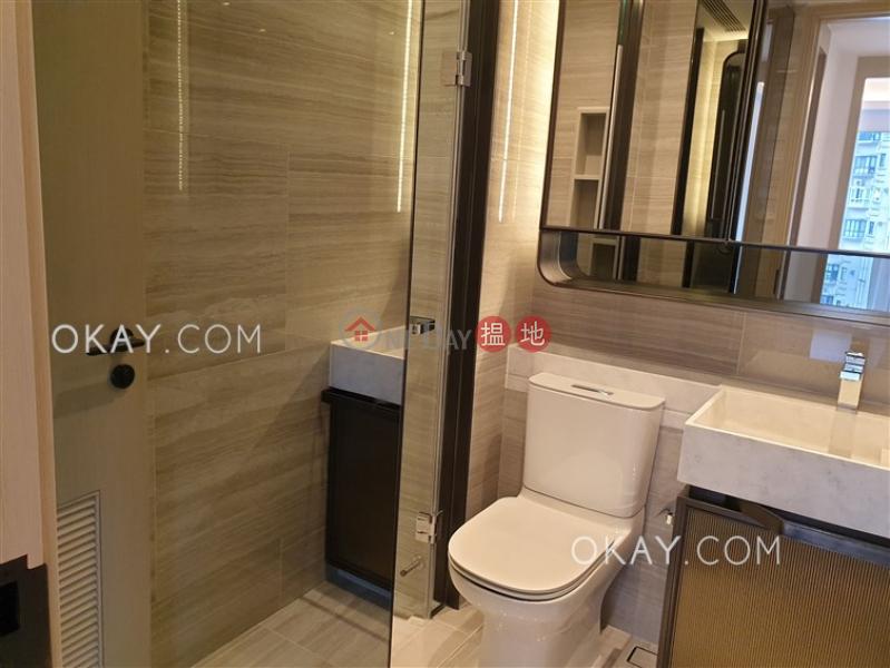 2房1廁,實用率高,極高層,星級會所本舍出租單位18堅道 | 西區香港|出租|HK$ 40,000/ 月